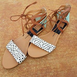 NWOB sz 9 dolce vita sandals